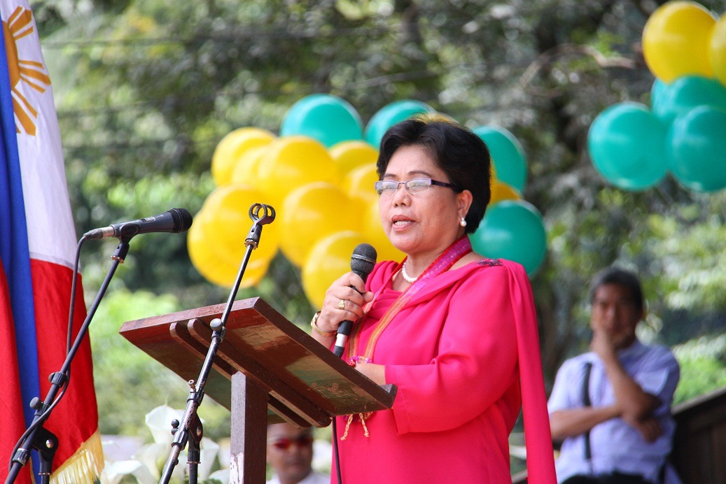Dr. Maria Luisa R. Soliven, CMU President gives her message.