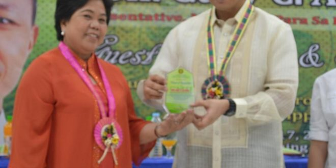 Soliven recognizes University Forum's discussions' on National Issues