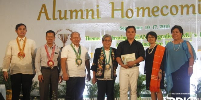 IN PHOTOS: Recognition and awarding of 2018 board passers and alumni stakeholders