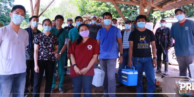 LOOK: The College of Veterinary Medicine Project Team in coordination with the Provincial Veterinary Office conducted a rabies vaccination, today, September 25, 2020 at Kalipayan, Kisanday, Maramag, Bukidnon.